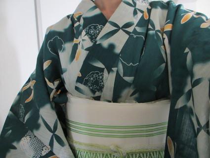 夏の定番アイテム浴衣☆ちょっと先取りだけど緑の浴衣をご紹介♪のサムネイル画像
