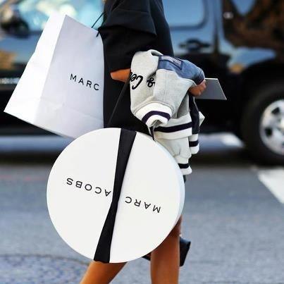 おしゃれママに大人気の【マークジェイコブ】のマザーズバッグ!のサムネイル画像