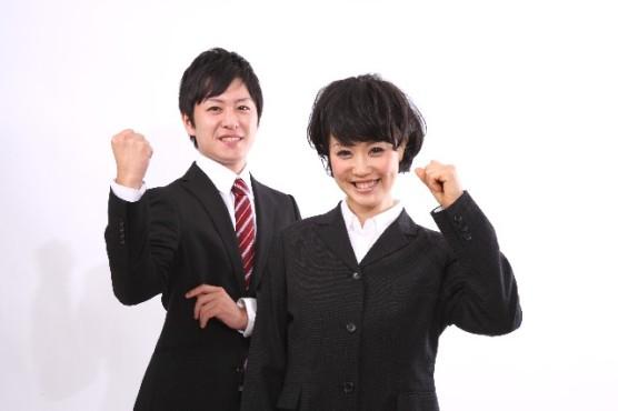 入学式から就職活動まで必須!大学生の、レディーススーツの選び方のサムネイル画像