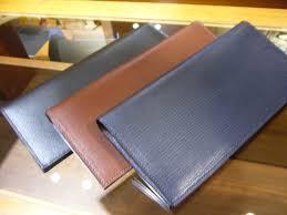 faroの財布をご紹介!機能性に優れ、収納力も抜群の革製財布!のサムネイル画像