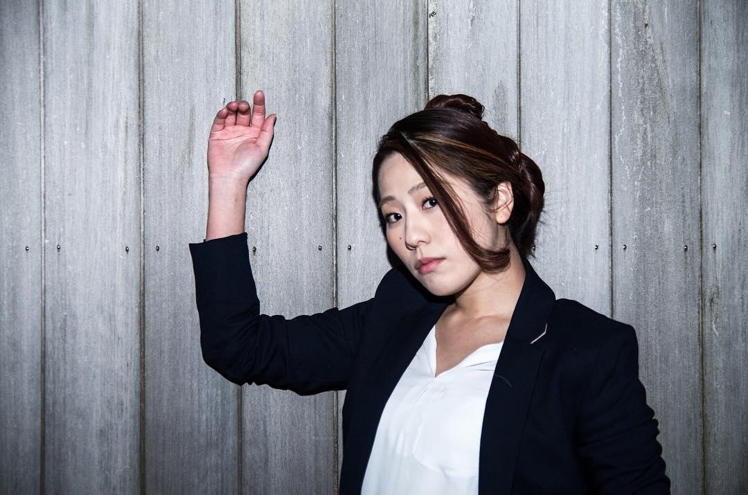 40代のあなたにぜひ着てほしい☆オシャレな大人女子スーツ!のサムネイル画像