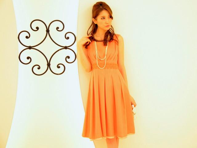 しまむらのドレスがとても使える!人気のしまむら価格のドレスとは?のサムネイル画像