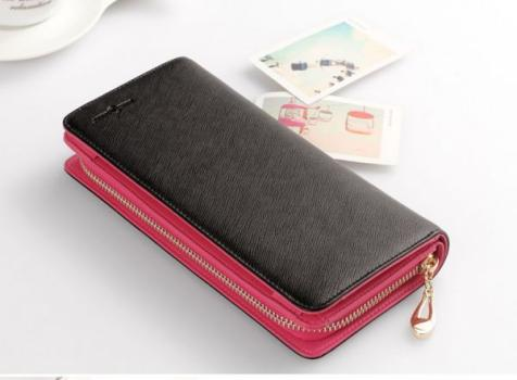 シーンを選ばず使える黒のお財布はとっても優秀なアイテムです!のサムネイル画像