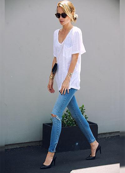究極のシンプルコーデ!ジーンズ×Tシャツをカッコよく着こなそう!のサムネイル画像