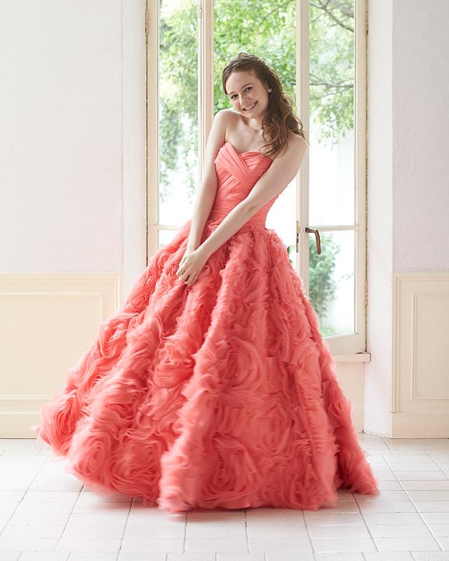 結婚式にぴったりのウェディングドレスやカラードレスをご紹介☆のサムネイル画像