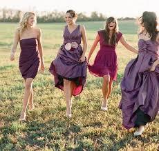 紫色のおしゃれなスカート大集合!おすすめはフェミニンな紫スカートのサムネイル画像