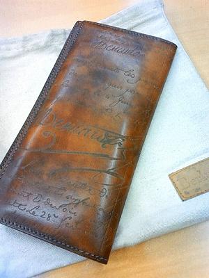 プレゼントに最適!ベルルッティのお財布が注目度急上昇中!のサムネイル画像
