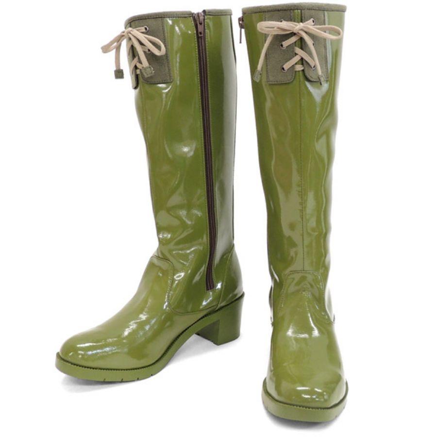 憂鬱な雨もへっちゃら‼おしゃれなレディース雨靴でウキウキ気分に!のサムネイル画像