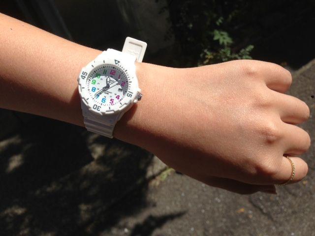 春先は、ダイバーズ時計をチラ見せして、華奢腕アピールコーデを!のサムネイル画像