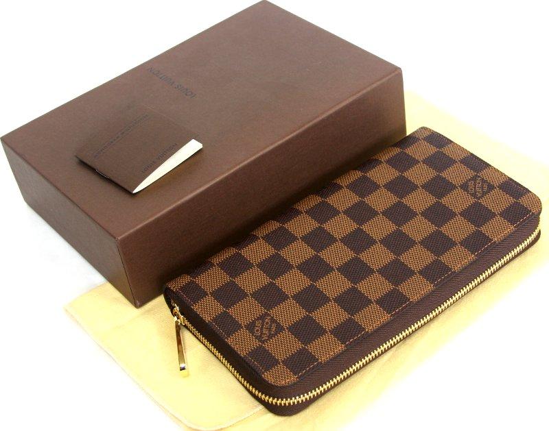 20代のお財布選びで迷ったら、20代の人気ブランドの財布がおすすめのサムネイル画像