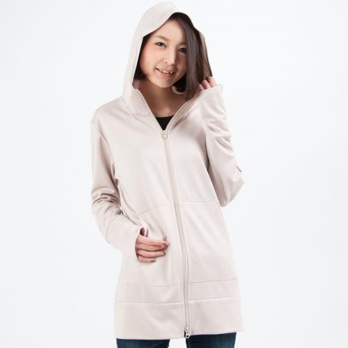 トレンドのロング丈パーカーを着たい☆人気商品とコーデを紹介!のサムネイル画像