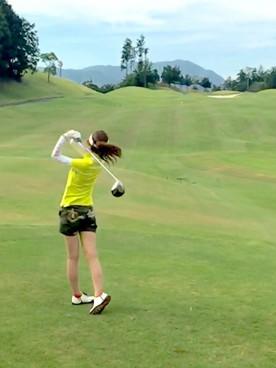 おしゃれで機能的なUVカットサングラスはゴルフの必須アイテム!のサムネイル画像