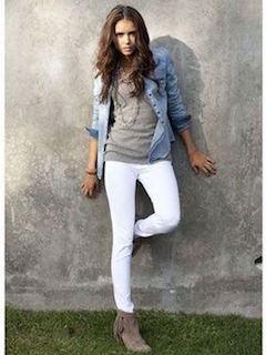 春はデニムシャツが大活躍!マネしたいデニムシャツコーデ♡のサムネイル画像