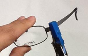 合わないメガネで頭痛も!メガネの調整ポイントをまとめましたのサムネイル画像