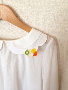 ほっこりしたハンドメイドが流行!かわいい刺繍ブローチ集めました。のサムネイル画像