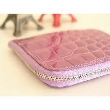 レディース財布をご紹介!クロコダイル皮革の二つ折り財布と長財布!のサムネイル画像