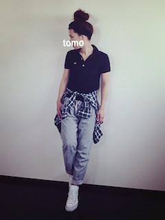 カジュアルなコーデピッタリ♡黒のポロシャツのコーデをご紹介♪のサムネイル画像