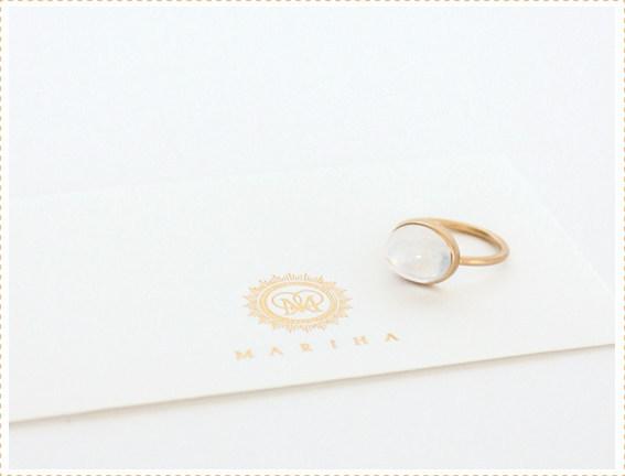 女性に人気の6月の誕生石ムーンストーンの指輪をご紹介します。のサムネイル画像
