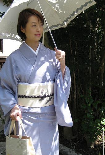 日本人なら着物に袖を・・・。浴衣とは違った魅力の夏物着物特集のサムネイル画像