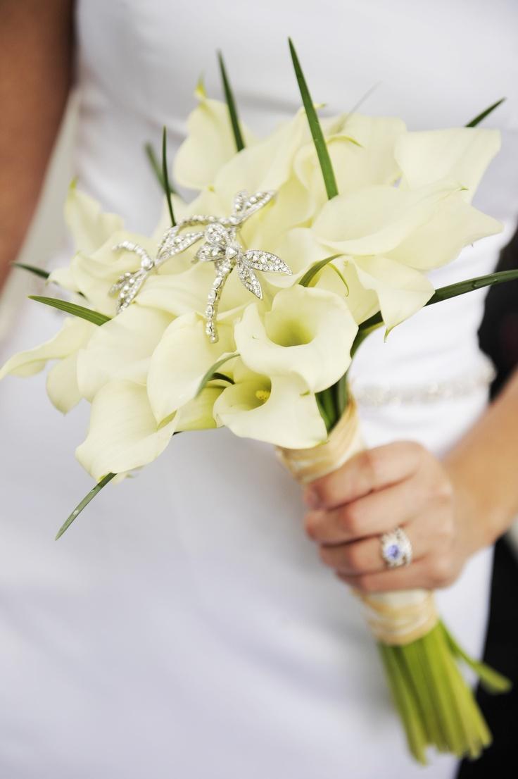 これから結婚式を挙げる方必見!!知っておきたいブーケの知識のサムネイル画像