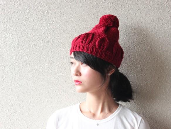 おしゃれなニット帽やベレー帽をご紹介します☆人気のデザインは?のサムネイル画像