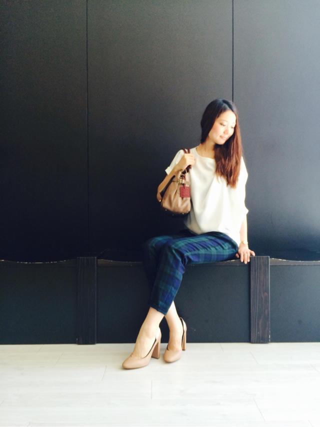 第一印象を良くする!今すぐ着たい清楚な服のファッションコーデのサムネイル画像