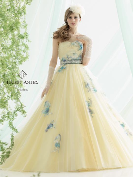 一生に一度の輝き!お色直しドレスは自分らしく、個性的に!のサムネイル画像