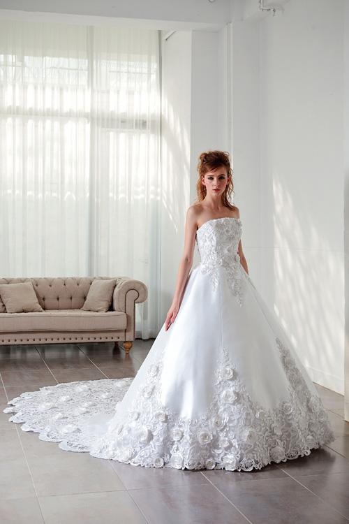 シンプルだから美しい!お勧めのウェディングドレスをご紹介しますのサムネイル画像