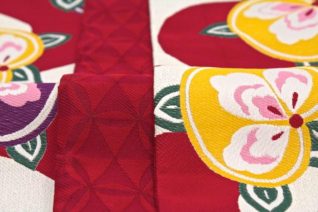 着物と半襟。帯。袴の素敵な合わせてみてみましょう♪参考に♪のサムネイル画像