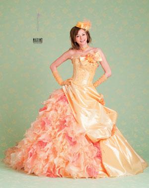 【ドレス:オレンジ】元気いっぱいのオレンジドレス!画像集のサムネイル画像