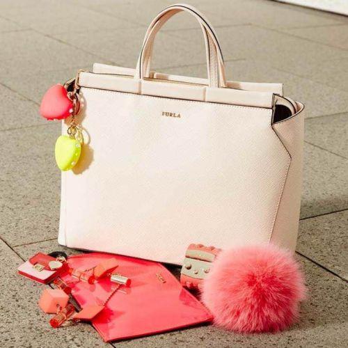 オンもオフも充実♡フルラのバッグでワンランク上の女性へ!のサムネイル画像