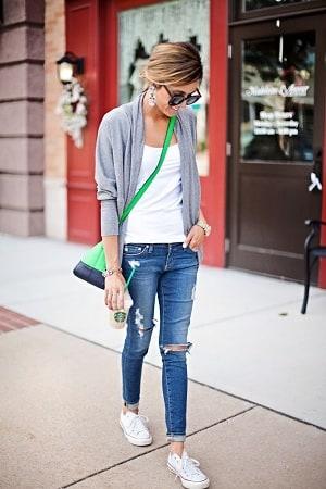 レギンス的な履き心地のジーンズで、春の楽かわコーデを楽しもう!のサムネイル画像