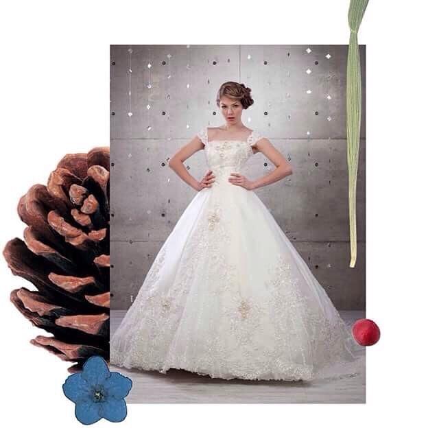 【結婚式】みんなは何色?人気のカクテルドレスのカラーが知りたい!のサムネイル画像