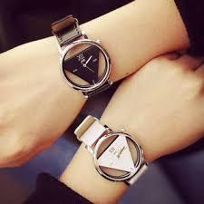待っています。あなたたちの「時」を見守るその時を。ペア時計特集のサムネイル画像