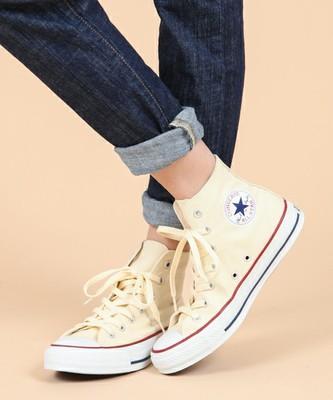 【春コーデ特集】レディースのスニーカーを大人可愛く履きこなそう♡のサムネイル画像