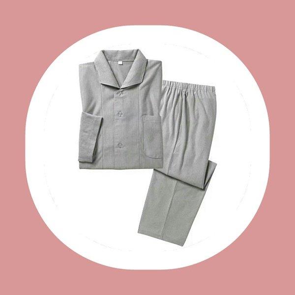 サラッと着れるレディースの麻シャツを使った春夏コーデとはのサムネイル画像