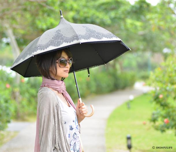 おしゃれな軽量の傘を持ってお出かけしよう☆人気のデザインは?のサムネイル画像