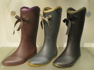【長靴】雨の日レディースのおしゃれな足元はこれで決まり!のサムネイル画像