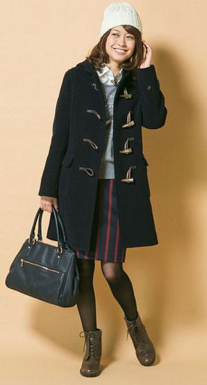 冬に大人気☆大人可愛いレディースダッフルコート着こなし紹介!のサムネイル画像