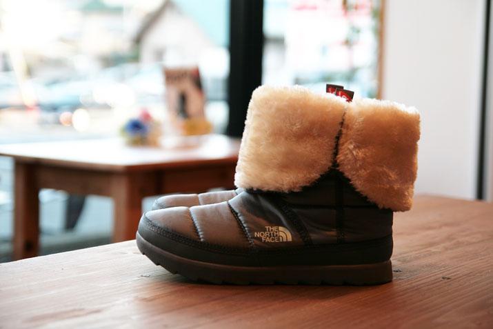 秋や冬にぴったり♡レディースに人気のブーツをご紹介します♡のサムネイル画像