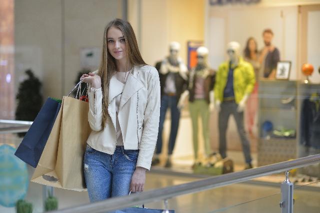 ショッピングに行くなら♡楽チン可愛いファッションで行くべし♡のサムネイル画像