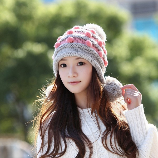 色々なカラーのニット帽をかぶってみよう☆人気のコーディネートは?のサムネイル画像