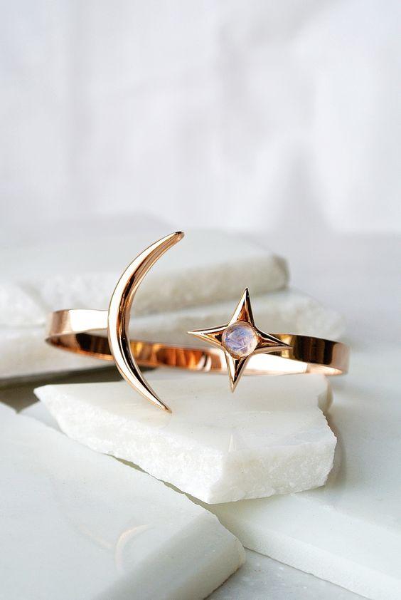 指輪のサイズで悩んでも☆フリーサイズの素敵なデザインだったら♡のサムネイル画像