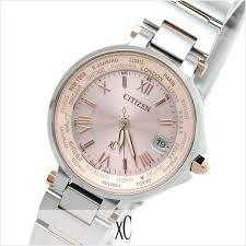 シチズンのエレガントなレディース腕時計はキレイ目コーデにおすすめのサムネイル画像