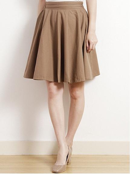 【ベージュのスカート】で大人可愛いコーデを目指しましょう♡のサムネイル画像