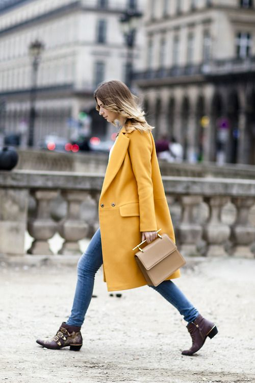 意外と何色にも合う黄色のコート大集合!明るめカラーでオシャレに。のサムネイル画像