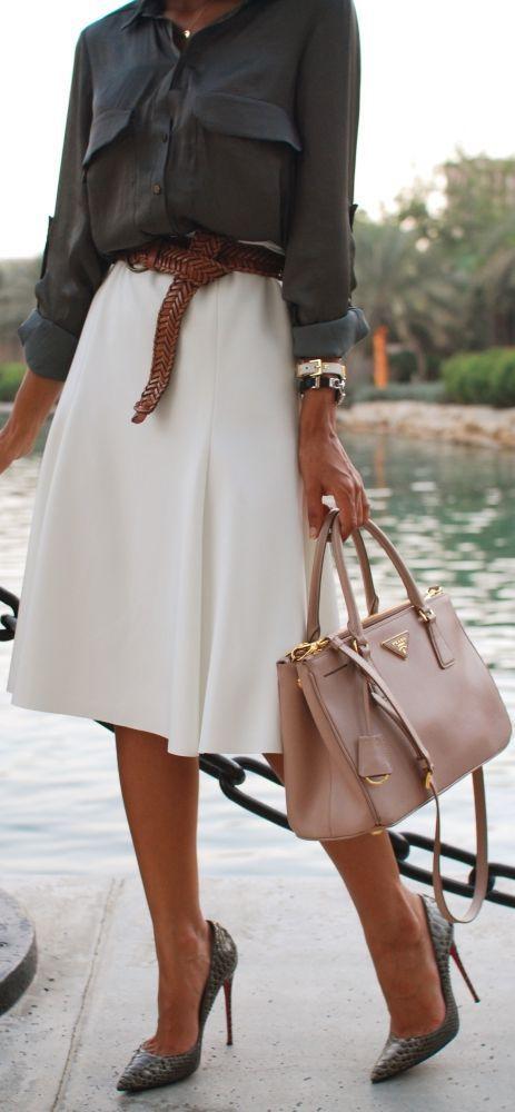 【女性の仕事着スタイル】普段の通勤に使えるコーディネート♡のサムネイル画像