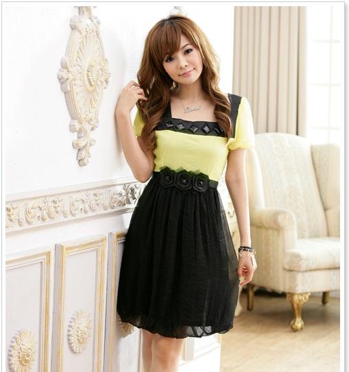 絶対着たい!結婚式に参列する時のおしゃれなドレスをご紹介♡のサムネイル画像