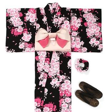 2016年のセット浴衣はコレ♪あなたはどんな浴衣セットを選びますか?のサムネイル画像