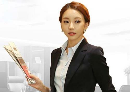 ビジネスに使いたい☆レディースのスーツジャケットを紹介します☆のサムネイル画像